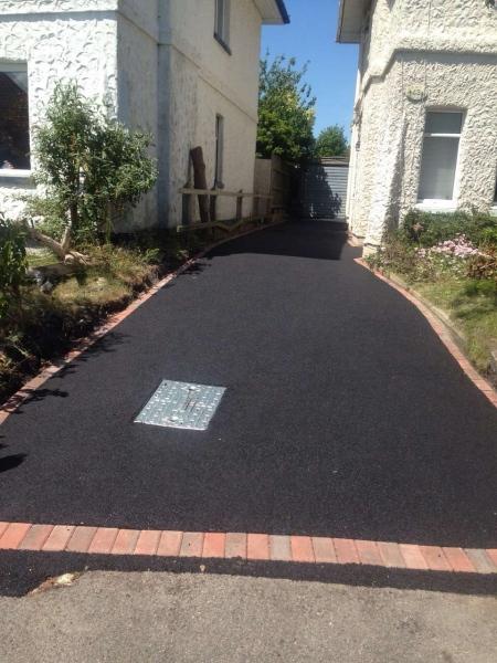 Tarmac driveways in Watford